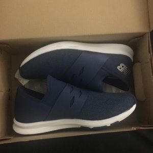 Wmns New Balance sneakers size 9